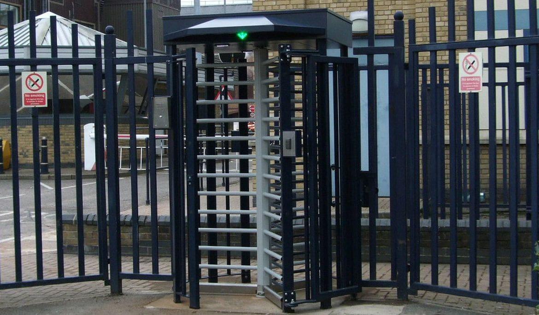 Turnicheti full-height de la Automatic Systems