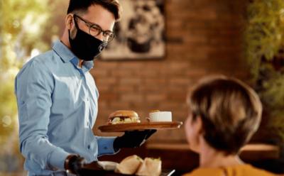 Solutii audio în aer liber pentru restaurante